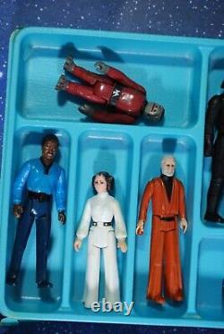 25 VINTAGE Star Wars ACTION FIGURES LOT + VINYL COLLECTORS CASE KENNER