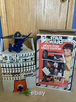 Vintage STAR WARS DEATH STAR SPACE STATION Near Complete Kenner 1978 With Box